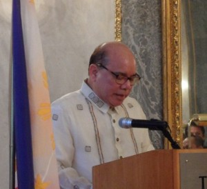 L'ambasciatore delle Filippine a Roma, Virgilio Reyes