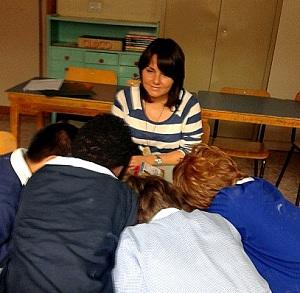 Valeria Ludovisi insegnante volontaria di italiano ai bimbi stranieri