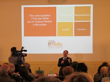 Il Moderatore Bernardini nel discorso di apertura