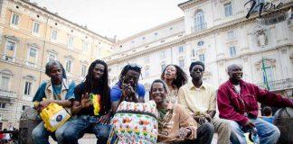 Tam Tam Morola, ensemble di percuzzioni fondato da Moustapha Mbengue che suona ritmi del Senegal