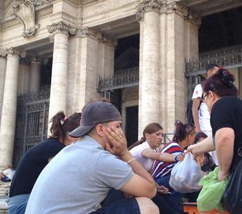Casa : sgomberati dall'occupazione di Torre Spaccata si rifugiano nella Basilica di Santa Maria Maggiore