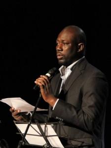 Cléophas Adrien Dioma, il direttore artistico di Ottobre africano
