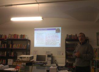 dibattito sulla crescente violenza xenofoba a Roma, svoltosi il 12 dicembre presso la biblioteca interculturale Cittadini del mondo