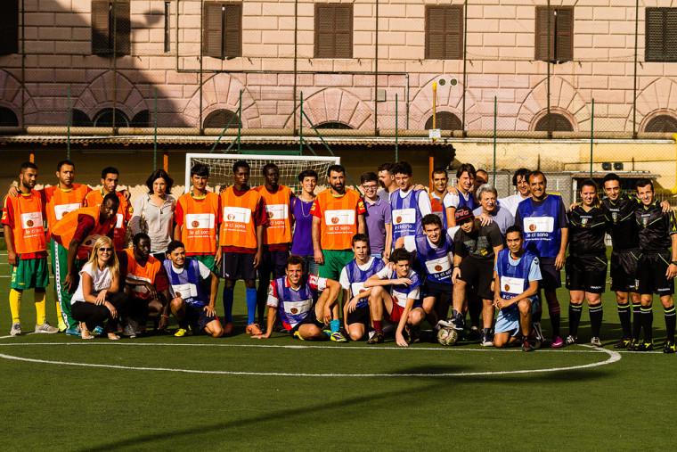 Un'immagine della partita organizzata nel 2014. Photo credit: Shoot4Change