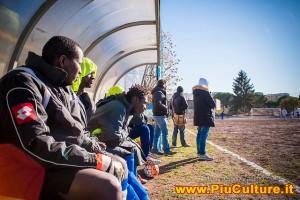 Riapre il campo XV Aprile a Pietralata grazie all'impegno dei volontari e dei rifugiati della Liberi Nantes