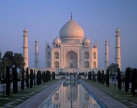 Taj Majal una delle maggiori attrazioni dell'India