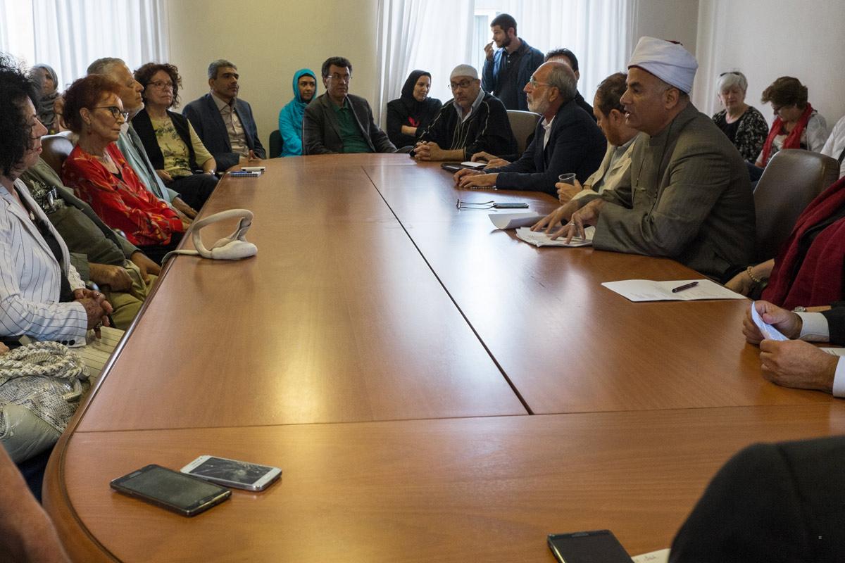 Halal incontrare incontri datazione di un membro della famiglia paziente