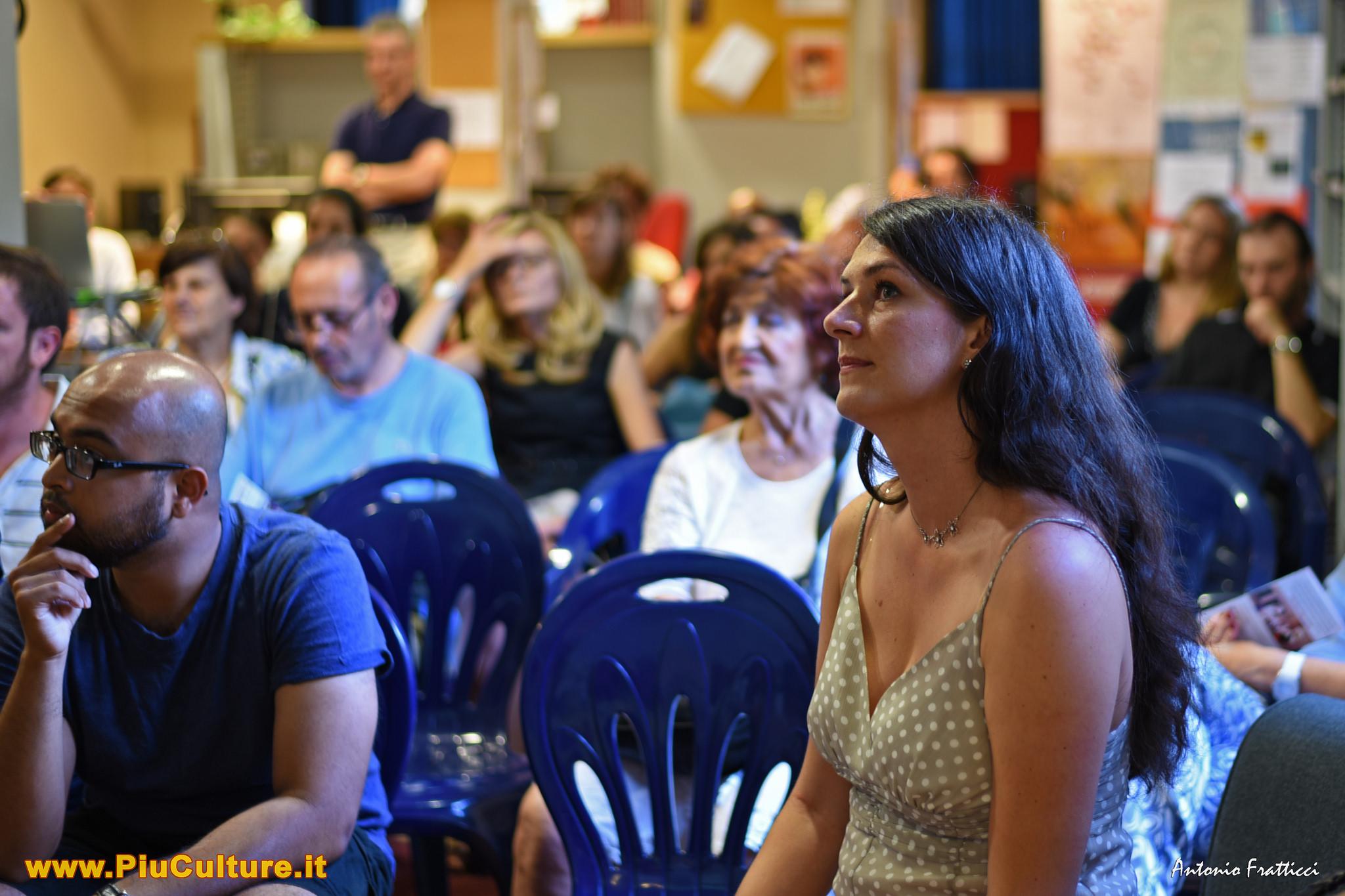 Marianna alla festa finale di Infomigranti