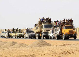 Trafficanti e migranti in viaggio attraverso la Libia(foto ozy.com)