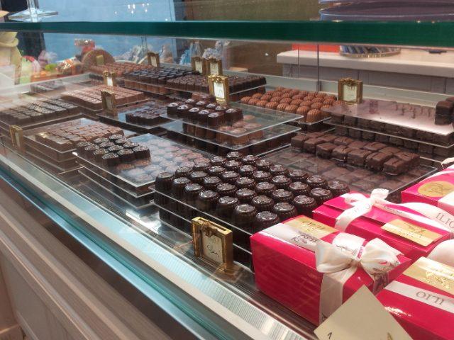 I cioccolatini artigianali prodotti a mano dal laboratorio di Mehrdad Agha Miri Who