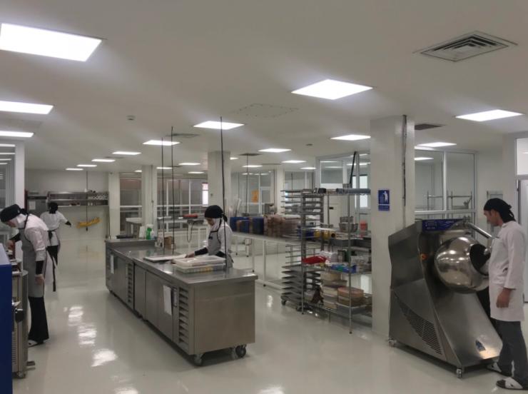 Il laboratorio per la produzione artigianale di cioccolatini