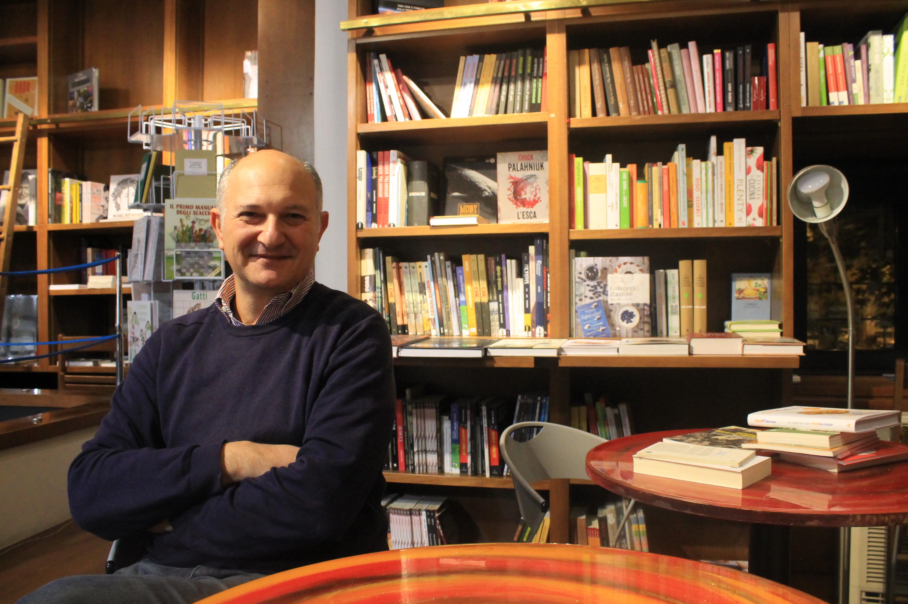 Libreria A Porta Di Roma la libreria koob riapre in piazza gentile da fabriano