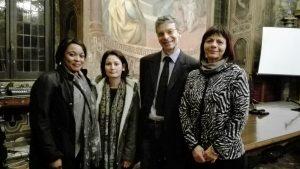 Il Dottore Serenelli con le allieve