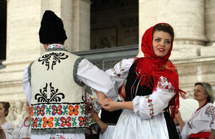Festa dei Popoli danze rumene