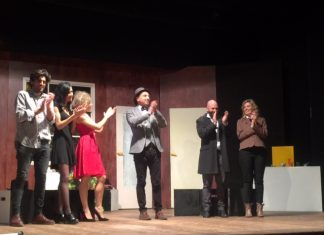 Teatro-No disparen al actor