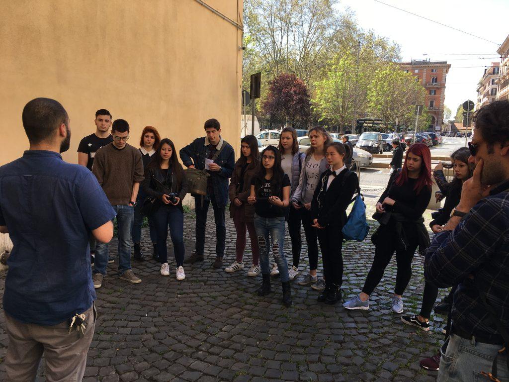 Guide invisibili a Piazza Vittorio