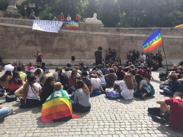 Manifestazione del Liceo Vittoria Colonna per la pace in Siria