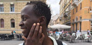 Primo piano di Youssou giovane senegalese