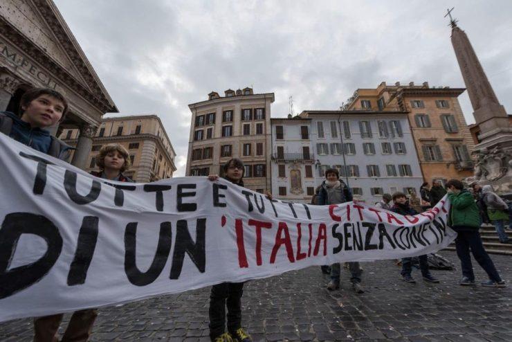 Manifestazione al Pantheon per lo ius soli