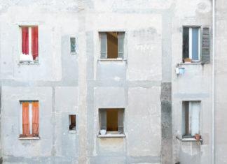 Edificio occupato in Via Carlo Felice - foto di gma