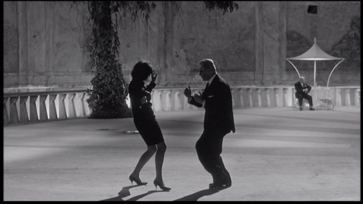 Mario Pisu and Barbara Steele in 8½ , un film di Fellini(1963)