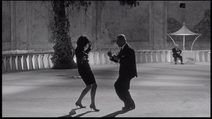 Mario Pisu and Barbara Steele in 8½ , un film di Fellini(1963)
