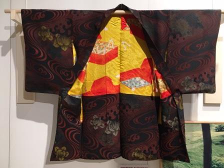 Ortensie Kimono del 1930-40 presentato alla mostra Kimono ovvero l'arte di raccontar le storie