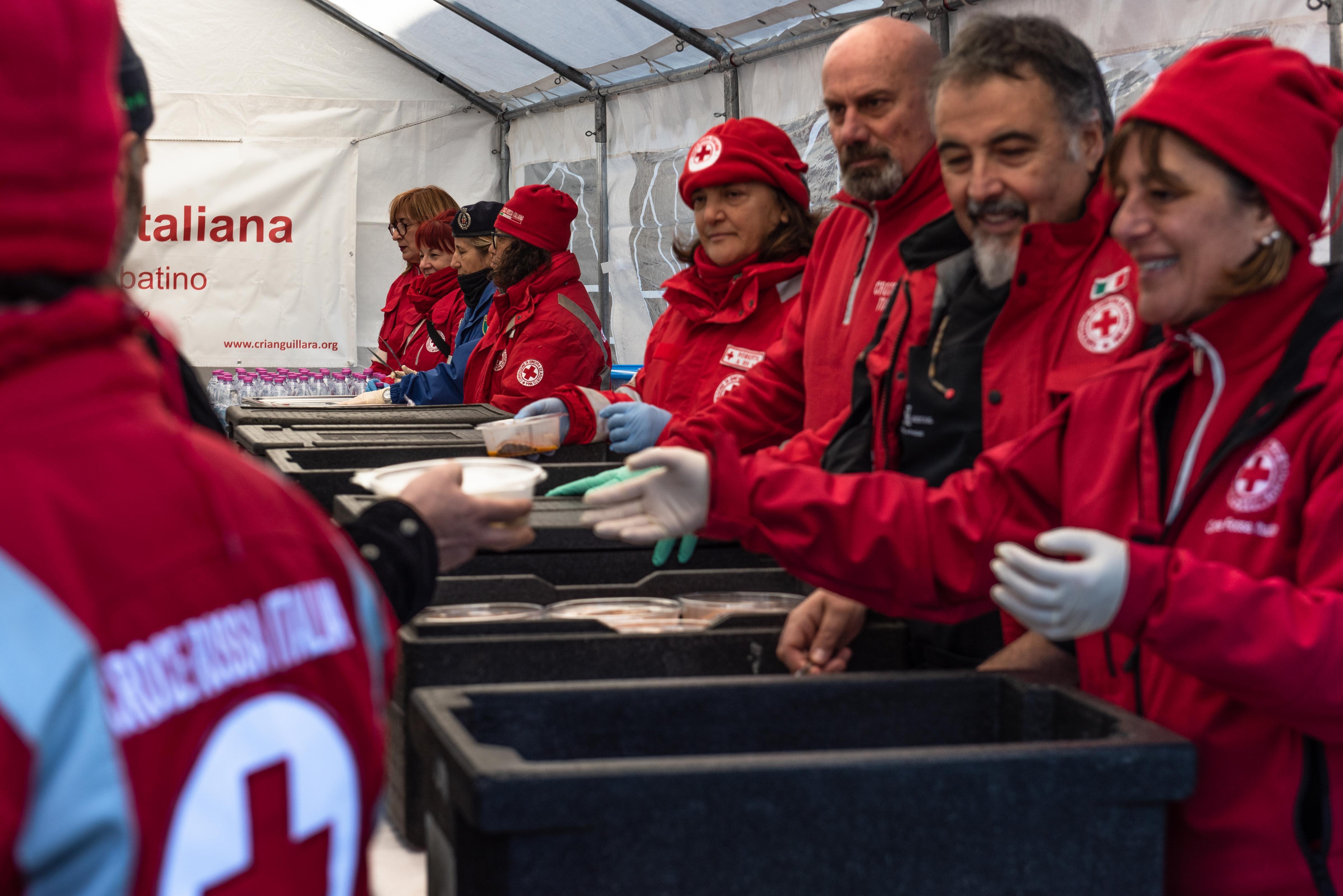 Il Pasto della Solidarietà realizzato dalla CRI il 15 dicembre a Roma(foto gma)