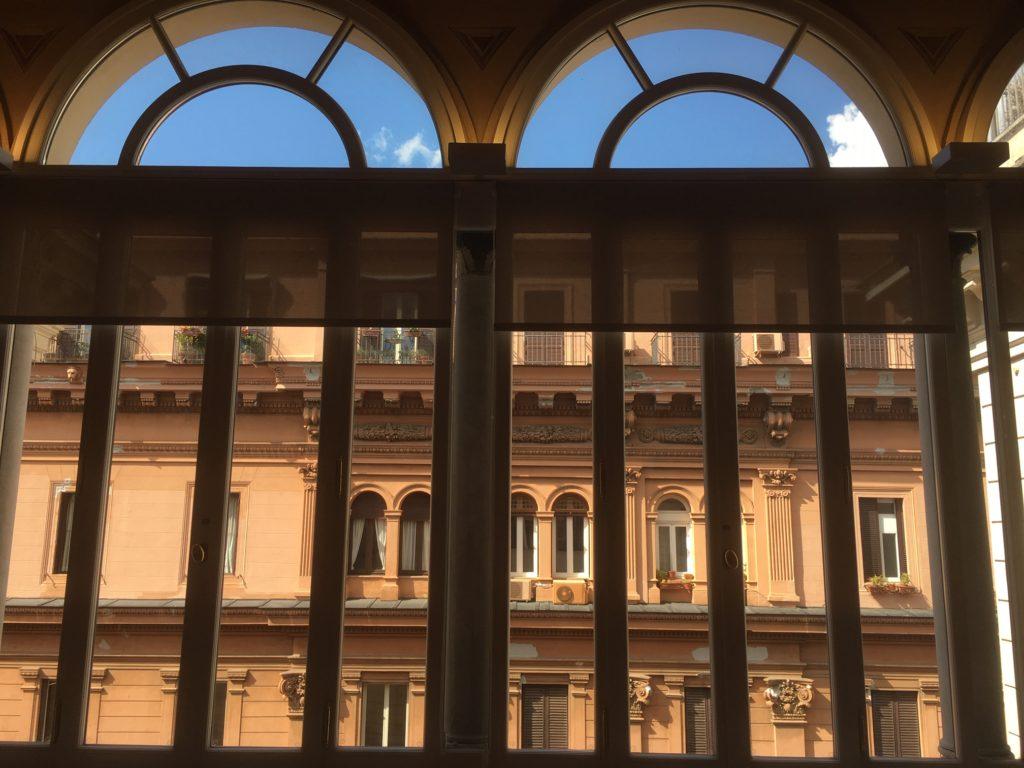 L 39 ambasciata lituana cambia sede e fa di palazzo for Dove ha sede il parlamento italiano