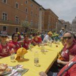 Tavolata italiana senza muri - Foto di Gma