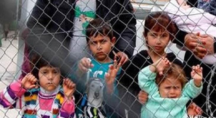 Bambini in un campo profughi in Grecia. Fonte MSF