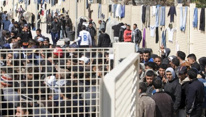 Emergenza migranti nei grandi centri d'accoglienza