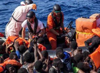 Emergenza migranti - naufraghi soccorsi in mare