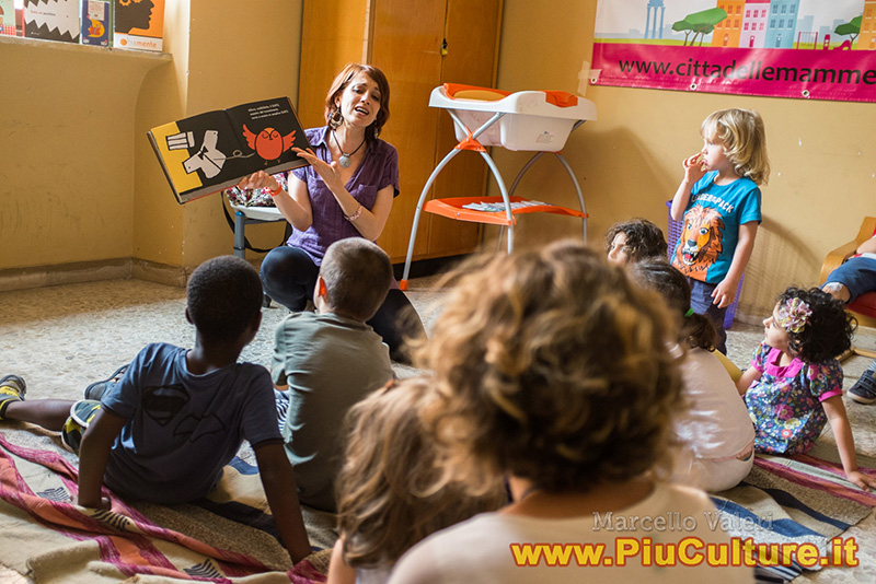 Una classe della scuola dell'infanzia a Roma foto Piuculture