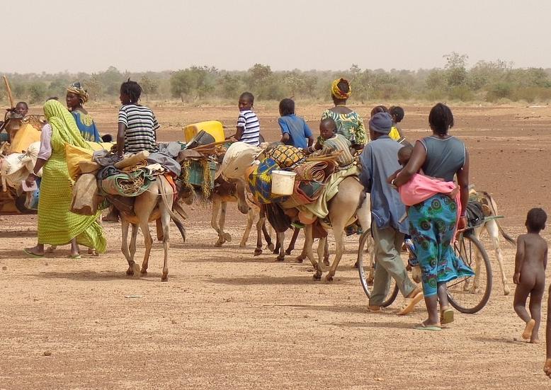 Migranti africani in movimento (foto google)