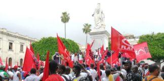 Manifestazione degli invisibili a Reggio Calabria: per la centralità del lavoro. Foto da Google